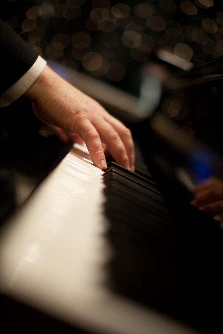 Moss Piano Gig